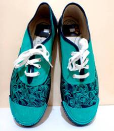 Buy Funky Feet-Sea green-eternal tug of war Shoe online