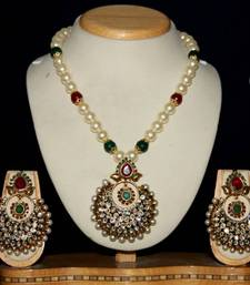 Buy BEAUTIFUL SHELL PEARLS NECKLACE SET WITH ANTIQUE LOCKET SET Necklace online