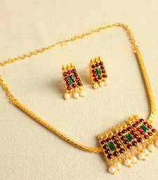 Buy GORGEOUS SOUTH INDIAN POOTHALI NECKLACE SET necklace-set online