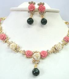 Buy pcns-7 necklace-set online