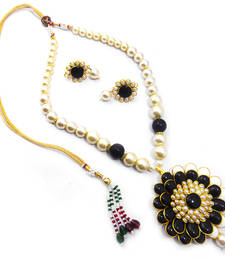 Buy Fashionable Pacchi Necklace Set necklace-set online
