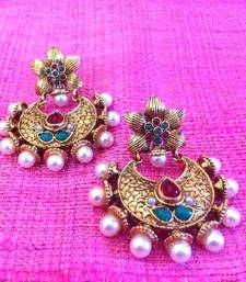 Buy Ethnic Antique Flower Rani Green Stones Pearl Earring v385rg men-kurta online