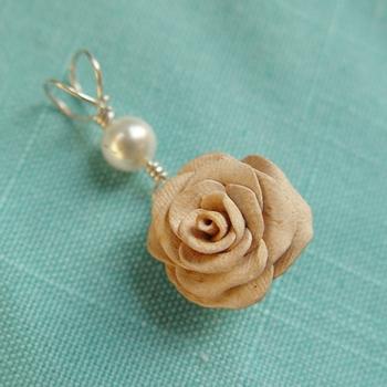 Creamy Rose Pendant - Valentines 2012