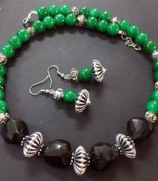 Buy Black_Agates_Green_Silver_Set Necklace online