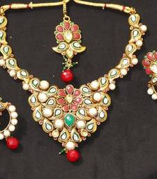 Buy Pearl neck set Necklace online