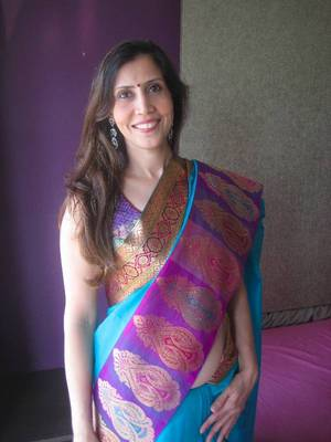 Zari Motif border Chanderi Saree
