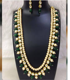 Buy Kundan and Pearl Necklace Set with Green Onyx Gemstones pakistani-jewellery online