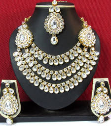Buy KUNDAN Exclusive Design ZX STONE GOLD PLATED NECKLACE & EARRING WITH MAANG TIKKA hot-deal online