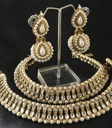 Buy Kundan Anklets & Pearl Earrings jewellery-combo online