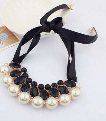 Elegant stylish black satin ribbon imitation-pearl choker necklace