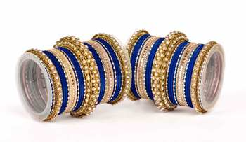 Traditional two hand bangle set