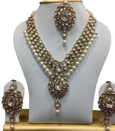 Buy Dazzling kundan set in White and Pearl Hangings Pendant online