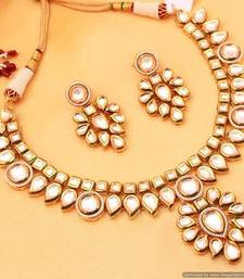 Buy Kundan Meenakari Paisley Necklace Set necklace-set online
