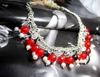 Stunning necklace with Crystal ball and Pearls