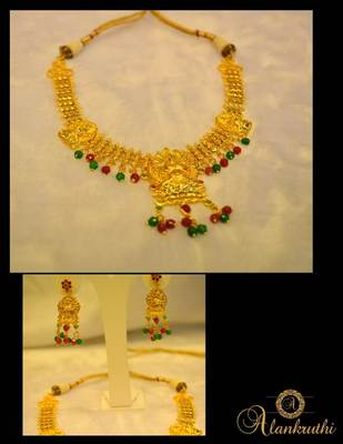 FESTIVE NECKLACE SETS