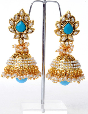 Earring of Shardhha Kapoor Design