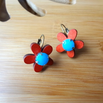 floral treat red n blue