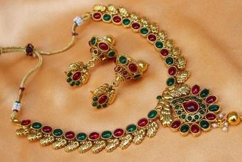 Multicolour  necklace set