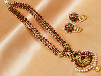 Lovely multicolour  long necklace set