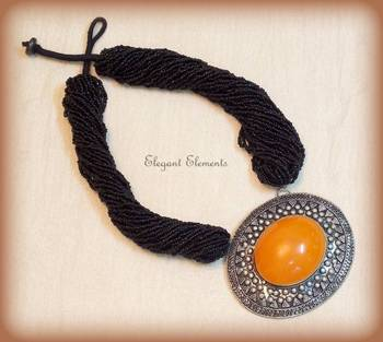 HOT SELLING!!! Big Orange Pendent black seed bead Necklace