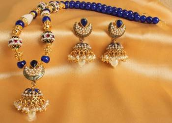 GORGEOUS ANTIQUE JHUMKKA PENDANT NECKLACE WITH MATCHING EARRINGS - DJ17820