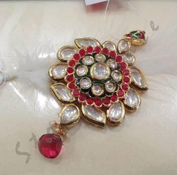 high finish kundan jadau pendant set
