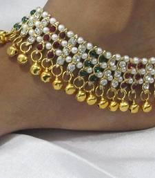 Buy Karishma Maroon Green Stone Pearl Anklet anklet online