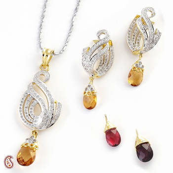 Shiny Studded pendant set with changeable crystals