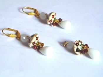 white pendant set