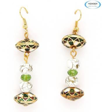Creative fashion earrings