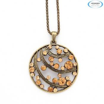 Latest diamond jewelry pendant
