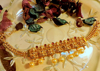 gold plated southern pearl adjustale bajuband