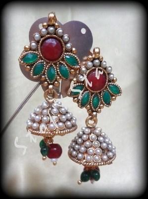 pearl adornment
