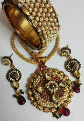 Designer Necklace set with Kada