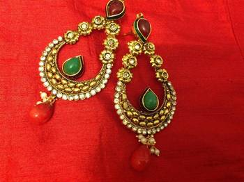 kanchana ethnic earrings