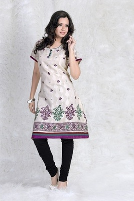 Triveni Fashionable Floral Motif Cotton Printed Kurti 108A
