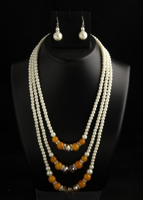 designer pearl three layer mala with brown square with pearl drops earings