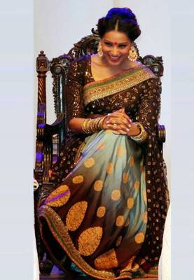 Bipasha Basu Bridal Queens Bollywood Replica Saree