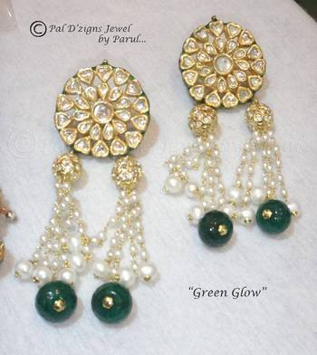 Green Glow Earings