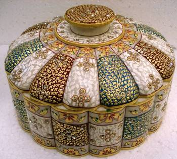 Flower Jewellery Box with Golden Work