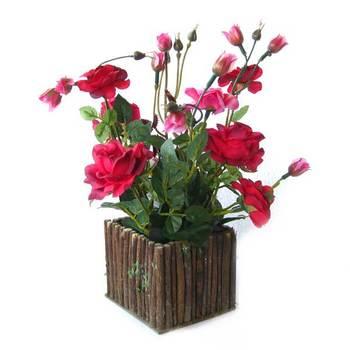 Rose Bush on vase (Red)