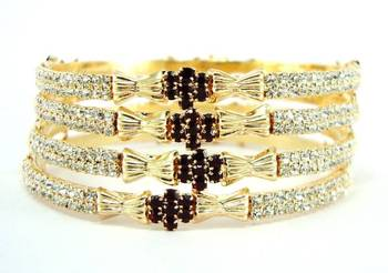 maroon gold plated 4pc bangle me5850