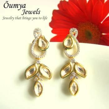 Hi-Look Leafy Kundan earrings