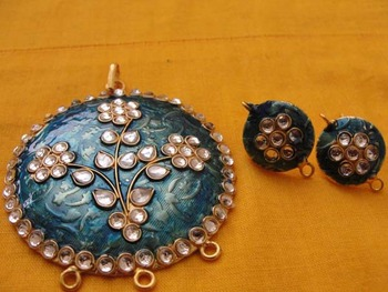 Blue Enamel Pendent with kundan work and earrings