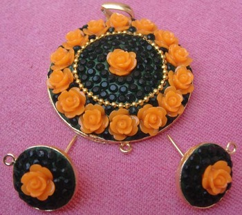 Black yellow takkar work pendent with earrings