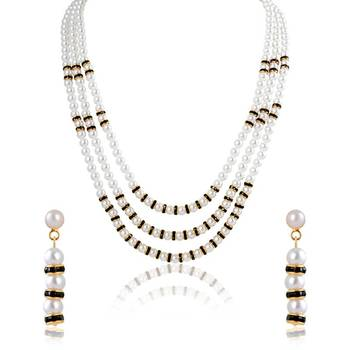 Oviya Gold Plated Refined Elegance Pendant Set with Pearl Stone