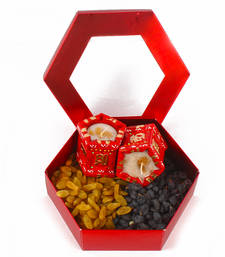 Buy Assorted flavour raisin gift box with 2 tulsi pot earthen diya diwali-dry-fruit online
