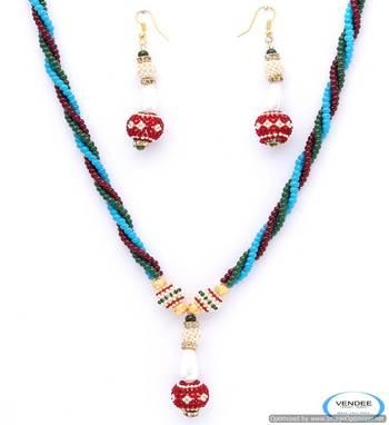 Vendee party wear necklace set 4960
