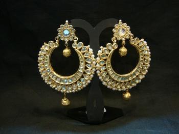 Design no. 6B.2031....Rs. 5950