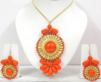 Golden And Orange Glass Beads Necklace Set